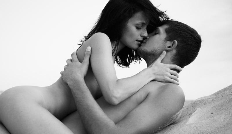 Amantes em um encontro de sexo casual